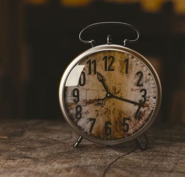 Czy godzina godzinie równa? doświadczenia klienta kolejka oczekiwanie etapy obsługa klienta szkolenia ProOptima