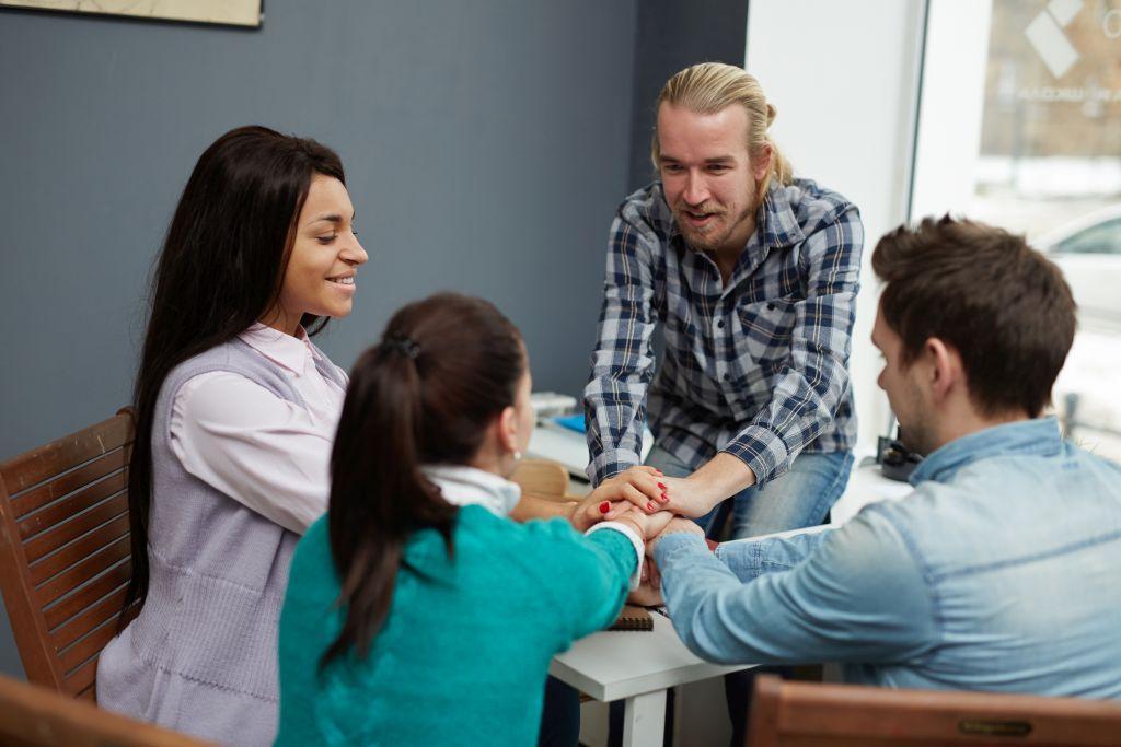 teambuilding iwspółpracaa - szkolenie zProOptima budujące zaufanie iwspółzależność