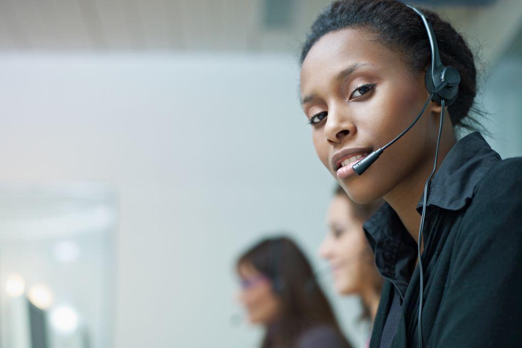 Obsługa klienta przeztelefon iinne zdalne kanały komunikacji