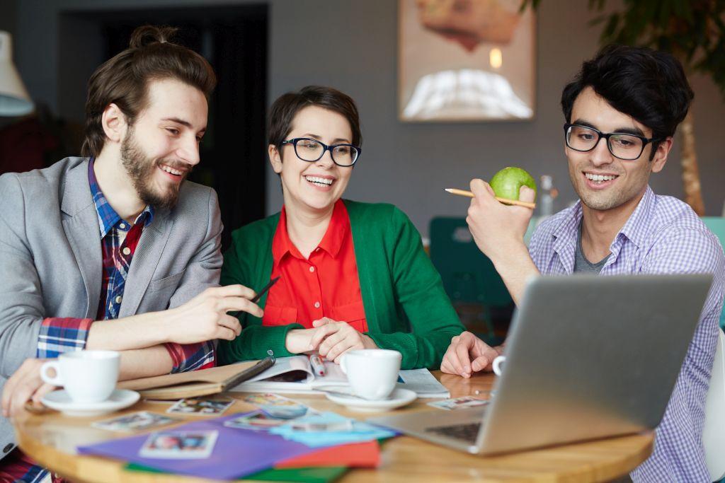 Wspolpraca-w-zespole-realizujacym-Customer-Experience-Management-z-ProOptima